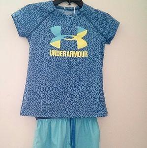 Under Armour heat gear. set shirt ,short
